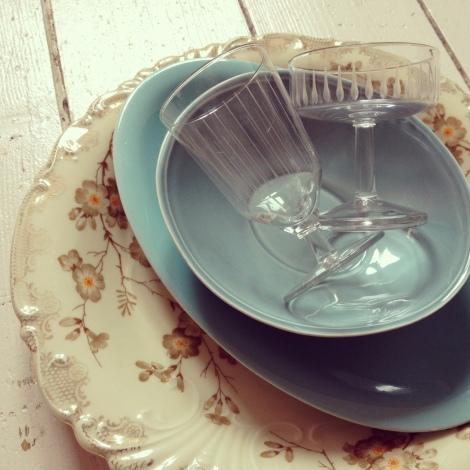 Een mooi gedekte tafel vraagt om mooi servies en glaswerk. En die hebben ze bij Daft Crafts.