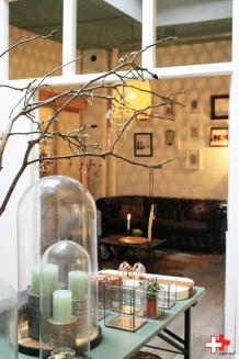 FIRST EET CAFE ZICHT OP BOTANIC ROOM