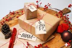 Voorzie je cadeautjes voor in de schoen of onder de kerstboom van een handgeschreven label.